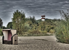Autumn mood on the beach of the River Elbe. (detlefgabriel17) Tags: riverelbe elbe beach strand autumn herbst lowersaxony niedersachsen beachchair germany