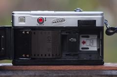 Fujica Rapid SF rear (Arne Kuilman) Tags: fujica rapid fujicarapidsf 1966 squareformat kleinbeeld fuji madeinjapan fujiphotofilmco kaleinar kaleinar5n 100mm agfa cns c22 colornegativespecial sl rare zeldzaam