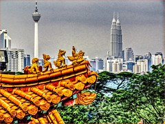 Beautiful KL (Foto&Grafica 2D/3D) Tags: kualalumpur malaysia kl kltower petronastowers theanhou temple