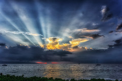 Pacific sunset (marko.erman) Tags: sky dramatic clouds ocean pacifc maui hawaii usa sailing loneless sony outside water light shadow immensity skies contrast nuage extrieur ciel ocan eau sunset sunlight rays