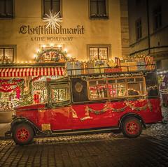 Rothenburg ob der Tauber (Torsten.Schwarz) Tags: rothenburgobdertauber weihnachten käthewohlfahrt christmas car weihnachtsauto