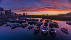 Amanecer en el puerto de Castro Urdiales (Carpetovetón) Tags: amanecer puerto castro castrourdiales cantabria nikond610 nikon1835 españa
