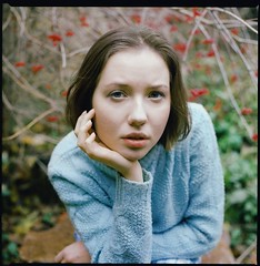 Ewelina Chmielewska by wersjatestowa - TRÓJKĄT - plenery fotograficzne  KIEV 88 Volna-3 2.8 @4.0