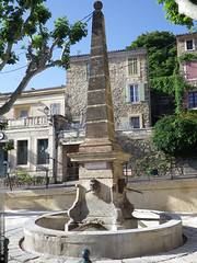 une fontaine  Rognes (Dominique Pipet) Tags: france fountain photo brunnen fuente rognes paca provence fontana fontaine bron southfrance bouchesdurhne provencealpesctedazur 13840 dompipet dominiquepipet