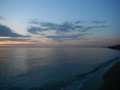 NeiPori 520 (jecadim) Tags: morning blue sea sunlight beach nature yoga sunrise dawn coast solar class greece more zora obala plaa sunce izlazak neipori sungazing