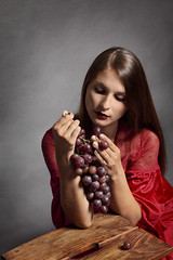 Shelly (Jan-Frederic) Tags: autumn red portrait woman fall grapes grape struwe