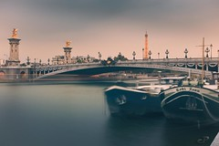 pont Alexandre III @PAris (CreART Photography) Tags: street city travel bridge light sunset shadow urban paris france color art abandoned love beautiful fashion seine canon river dark puente photography movement model frankreich europa raw ledefrance rivedroite picture streetphotography frana ponte toureiffel pont brcke francia parijs rivegauche pars  kpr parigi  sena bateauxmouches  autofocus seineriver riosena laseine  pary parys  canoneos5d cathdralenotredamedeparis pariis  excursionboats isladelacit parizo rosena  catedraldenotredamedeparis bridgeofparis barcosmoscas fleuvefranais pars m creartphotography