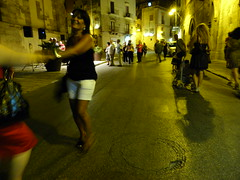 Sicile - Petits Pas de Dance - (Smoke-Head Photography) Tags: street light urban night nikon italia lumiere rue nuit italie sicilia urbain sicile sciacca