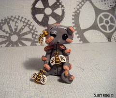 Bee Stung Robot (Sleepy Robot 13) Tags: cute robot diy handmade robots polymerclay fimo comicbook kawaii sculpey etsy urbanvinyl marvel sculpting smallbusiness sleepyrobot13 polymerclayurbanvinylsleepyrobot13etsysilvercraftcraftscraftingsculptingsculpturefigurinearthandmadecraftshowcutekawaiirobots