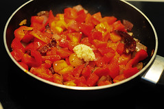 red capsicum chutney-red bell pepper chutney-3