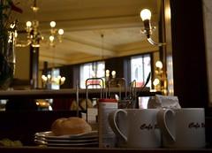 DSC_0163 (MrsAmelie) Tags: vienna wien cup coffee breakfast bread austria tea alt panini brot caf colazione ritter tazza tazze brotchen sussigkeit