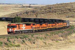 FQ04 GM43 2214 703 2210 2182s Loaded GWA Tailem Bend Grain Callington-A 14 12 2013