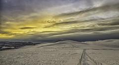 Au dessus du Guery (Bob Guedin) Tags: france canon de soleil coucher 7d auvergne 1022 sancy guery