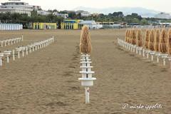 IMG_4189 (Mirko Ippoliti) Tags: sea italy color water wonderful t landscape sand italia nuvole mare lovers cielo di ombrelloni spiaggia abruzzo sabbia giulianova bellabruzzo
