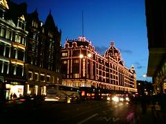 Brompton Road (eyair) Tags: uk england london harrods knightsbridge ashmashashmash