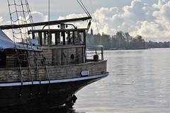IMG_0037 (www.ilkkajukarainen.fi) Tags: vivan ship laiva alus purje satama harvbour silakka markkinat tunnelma allas helsinki itmeri suomi finlande eu europa kysi scandinavia sea glouds water
