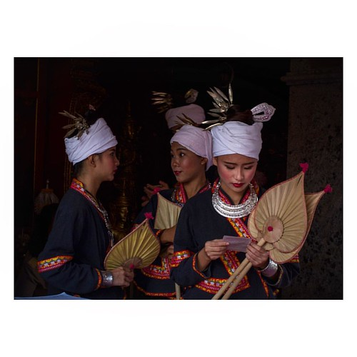 Thai girls wearing traditional dresses at Wat Phra That Doi Suthep