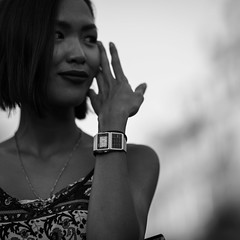 Julie (linuspaulsson) Tags: armbandsur klocka blackandwhite portraits prag oldtownsquare prague watch bw