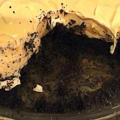Peanut Butter Pie (courtesy of Ree Drummond) (Renee Rendler-Kaplan) Tags: courtesyofreedrummond pie peanutbutterpie delicious chocolate homemade yum iphone iphoneography reneerendlerkaplan october 2016 chicagoist chicagoreader consumerist wbez food dessert indoors inside kitchen creamy dreamy