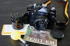 Zenit EM (Ren Maly) Tags: renmaly cameraporn camerawiki camera slr zenit em helios m42