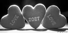 Hearts. (Digifred.) Tags: macromondays digifred 2016 backlit pentaxk3 heart candy hearts hartjes snoep tegenlicht blackwhite blackandwhite monochrome