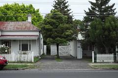 Bluestone Crossover (martyr_67) Tags: darebin road northcote residential suburban melbourne