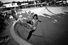 Boneless - Marc Ferr Martinez (Jokerverges) Tags: blackandwhite bw blancoynegro canon 50mm photo nice photographer skateboarding awesome skat