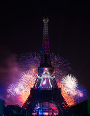 7月14日埃菲尔铁塔烟花MQRKO_,Flickr