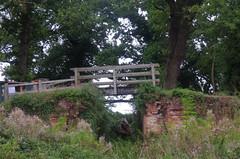 864-24L (Lozarithm) Tags: bridges canals 1770 k5 wiltsberks justpentax smcpda1770mmf4alifsdm pewsham pentaxzoom