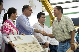 Gabino Cué, Inicia proceso de reconstrucción de la Costa, con la entrega de 50 mdp, Oaxaca