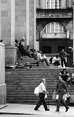 Enquanto isso na S (**) Tags: people scale stairs pessoas downtown sopaulo centro s escalera persone escada persons escalier centrohistrico escadaria catedraldas chelle meanwhile diaadia scathedral centrodowntown flagras flagrasdodiaadia