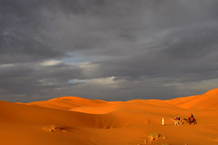 Storm desert. (Victoria.....a secas.) Tags: clouds desert dunes explore nubes desierto marruecos dunas sáhara