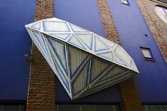Blue Diamond, Lige, Belgium (TV DiSKO) Tags: belgium diamond lige