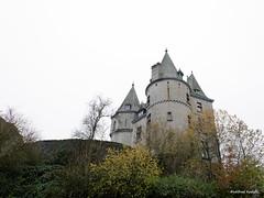 DSC_7327 Durbuy (Roelofs fotografie) Tags: old autumn holiday castle vakantie cozy nikon belgium belgie ardennen ardennes herfst oud wilfred gezellig kasteel durbuy d3200 roelofs vision:outdoor=099