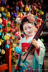 Mini-Geisha, Kyoto, Japon (Frdric Bayol) Tags: voyage kyoto geisha japon 2010 wwwimage wwwcatportraits