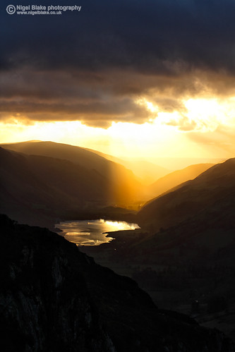 Sunset behind Tal-Y-Llyn