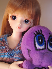 Bestie Beastie (reynardinesza) Tags: girl chelsea junior bjd minoru bluefairy chibithulhu shinyfairy