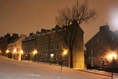 proximit du Chateau (Frontenac) (tumitaittuq) Tags: winter sky snow architecture night clouds hiver ciel qubec neige quebecc