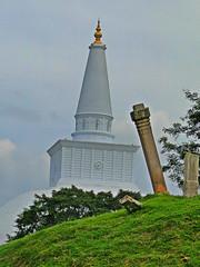 Ruwanwelisaya - Anuradapura (Janesha B) Tags: nature culture srilanka stupas dagobas anuradapura