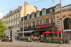Boulevard Alexandre Martin - Orlans (France) (Meteorry) Tags: street city france june restaurant orleans europe vietnamese terrace centre chinese terrasse rue lao ville brasserie chinoise orlans loiret vietnamienne 2013 laotienne meteorryboulevardalexandremartin imperialdarc francecw