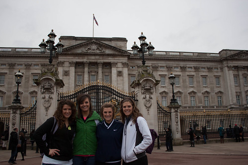 "Lainika, Danika, Alika, Janika at Buckingham Palace <a style=""margin-left:10px; font-size:0.8em;"" href=""http://www.flickr.com/photos/117397217@N06/12489532955/"" target=""_blank"">@flickr</a>"