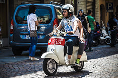 Biella in Vespa 2014 (Alberto Tesoro) Tags: italy biella bi vespapiaggio biellainvespa2014 vespaclubbiella