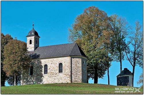 Attergau - Kalvarienbergkapelle Thern im Herbstblick 2014