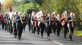 2007 : Colin Batt, Hazel Walsh & John Hallet leading the band