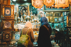 Isfahan (Paulina Wierzgacz) Tags: people discover explore iran persia asia persiangulf middleeast roadtrip reportage city night portrait mosque culture tradition temple chai tea walk street streets travel traveller trip travelling tourist