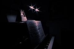 tick tack (_Callisto_) Tags: sony a6000 ilce6000 samyang walimex 12mm lowlight klavier piano indoor