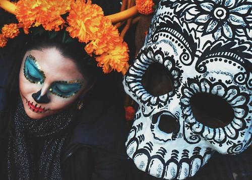 Vamos hasta xibalbá  #xibalba #craneo #catrina #diademuertos #desfile #corona #cempasuchil #model  #gf_mexico #_igerscreativos #mexicaniando #igersdf #igersmexico #BeginnersMx #CDMX #mexigers #igerstlaxcala #igcdmx #igerstampico #igershgo #proyectomexico