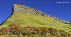 Ireland - Co.Sligo - Ben Bulben (Hugh Rooney 34) Tags: ireland republicofireland sligo yeatscountry limestone peak conallgulban nialloftheninehostages iceage glaciers plateau tourism viewpoints vistas