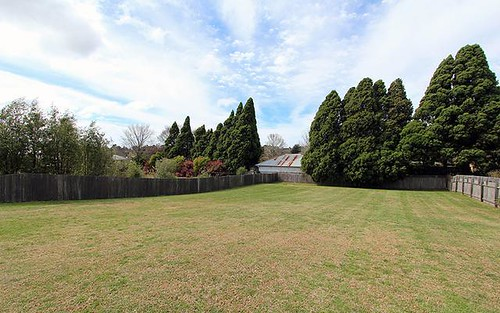 16 Daylesford Drive, Moss Vale NSW 2577