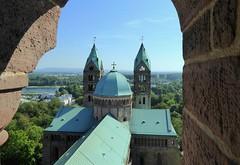 Happy Sunday ! / The cathedral in Speyer, Germany / der Kaiserdom zu Speyer (Unesco world heritage) (Frans.Sellies) Tags: p1100795 speyer unesco worldheritage germany deutschland allemagne duitsland cathedral church